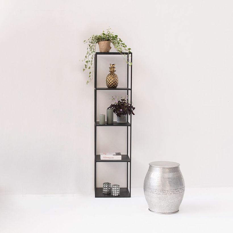 étagère colonne en métal noir