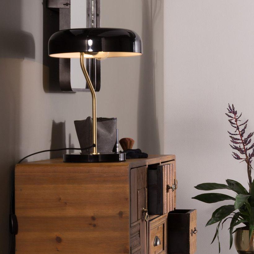 lampe en métal