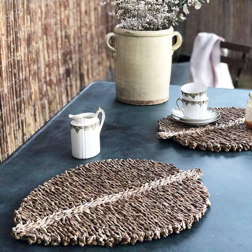 Idée déco - Set de table (par 4) forme feuille en jonc de mer
