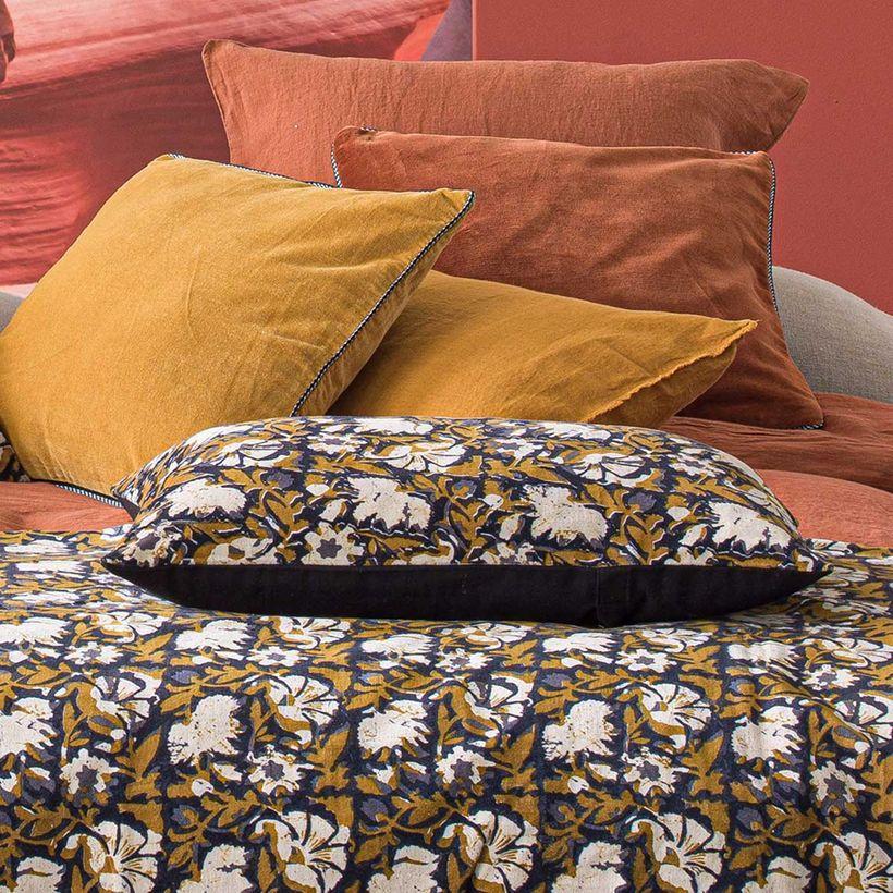 L'été indien - Housse de coussin en velours de coton imprimé Safran